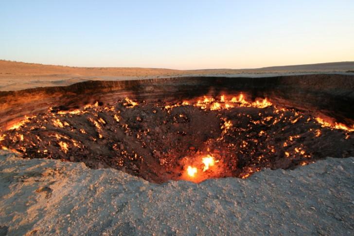 crater darvaza