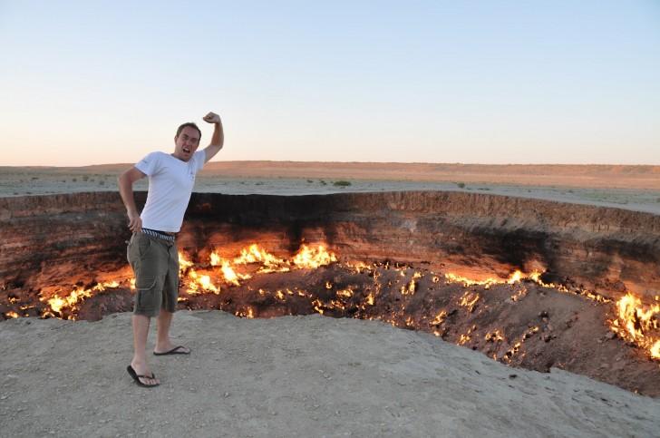 crater darvaza puerta infierno