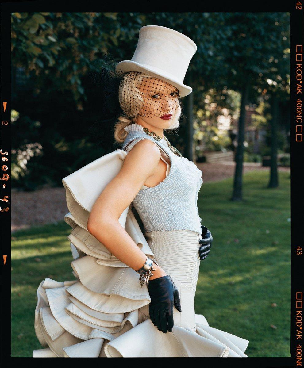Gwen Stefani what you waiting for 1