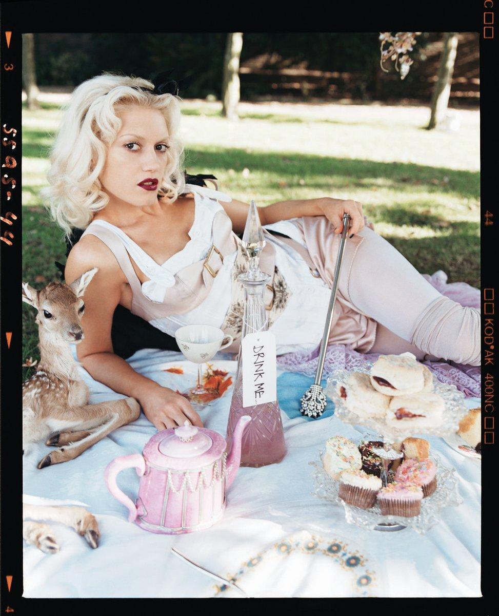Gwen Stefani what you waiting for 2