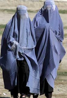 http://www.blogodisea.com/wp-content/uploads/2013/08/burka.jpg