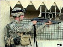 irak soldado