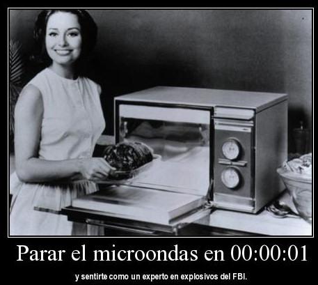 parar microondas mujer