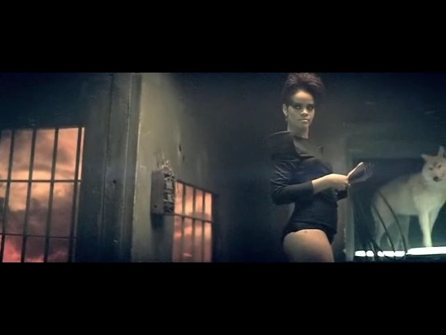 rihanna disturbia video 17