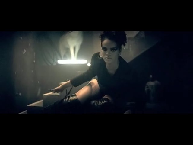 rihanna disturbia video 23