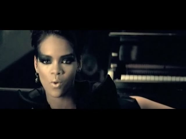 rihanna disturbia video 32