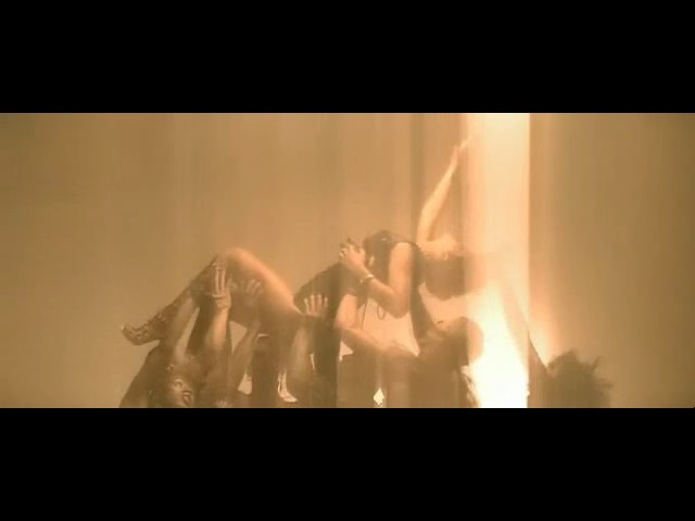rihanna disturbia video 33