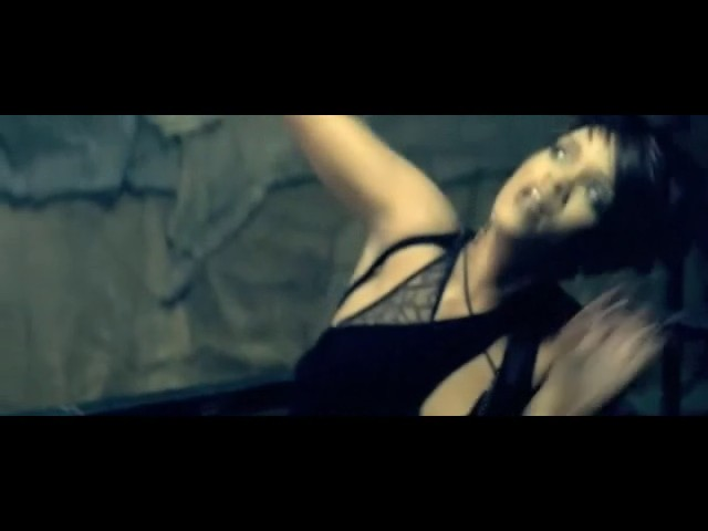 rihanna disturbia video 39