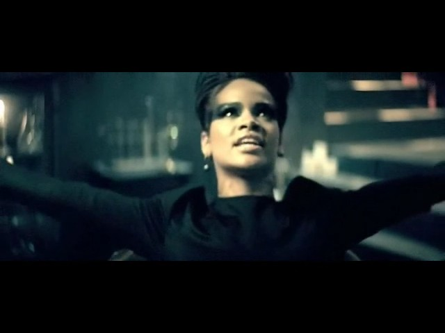 rihanna disturbia video 86