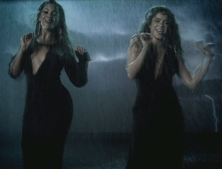 shakira beyonce beautiful liar video 21