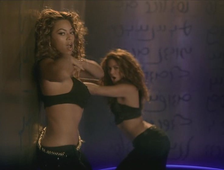 shakira beyonce beautiful liar video 22