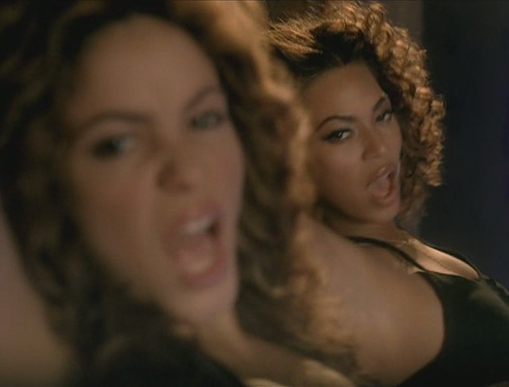 shakira beyonce beautiful liar video 23