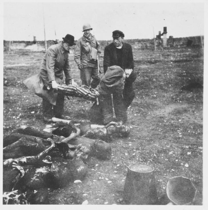 Buchenwald cuerpos muertos