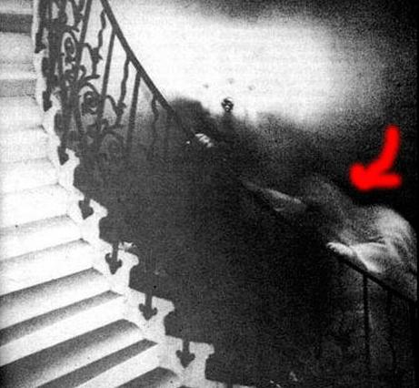 fantasma escalera
