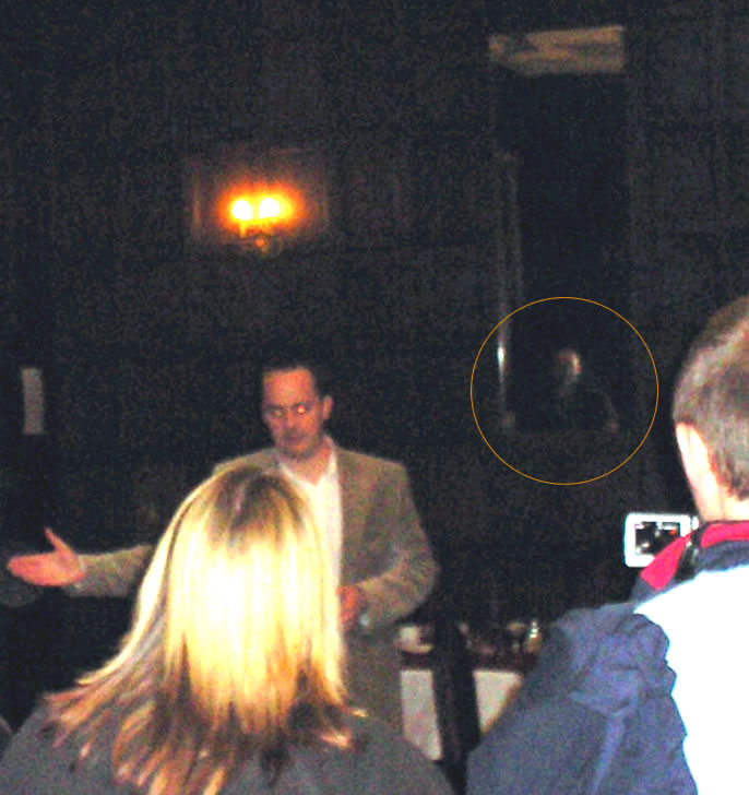 foto paranormal fantasma