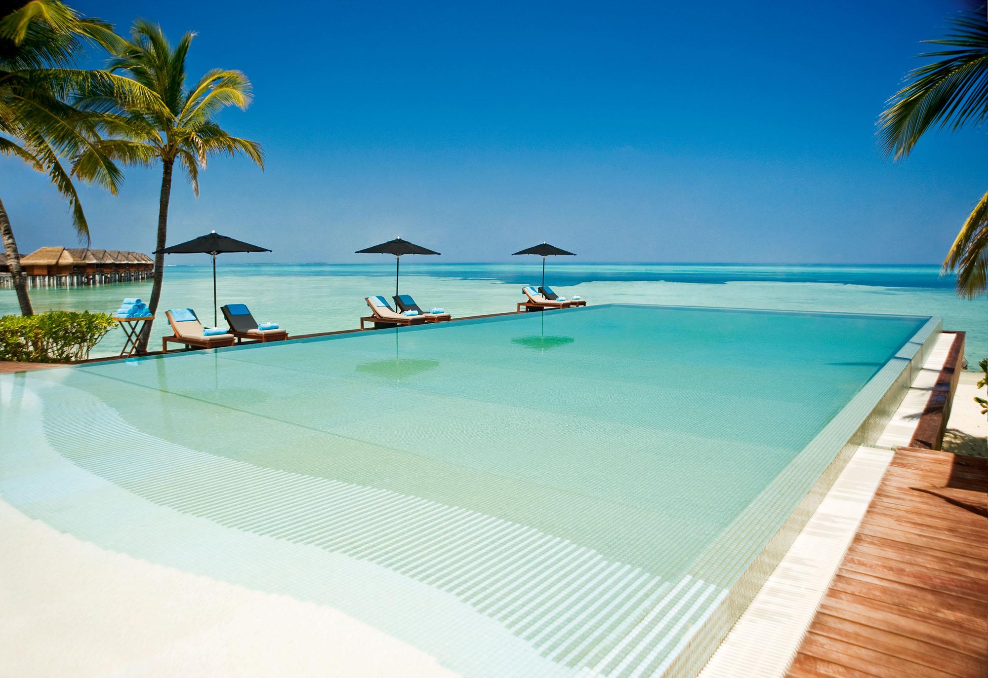piscina hotel Bali