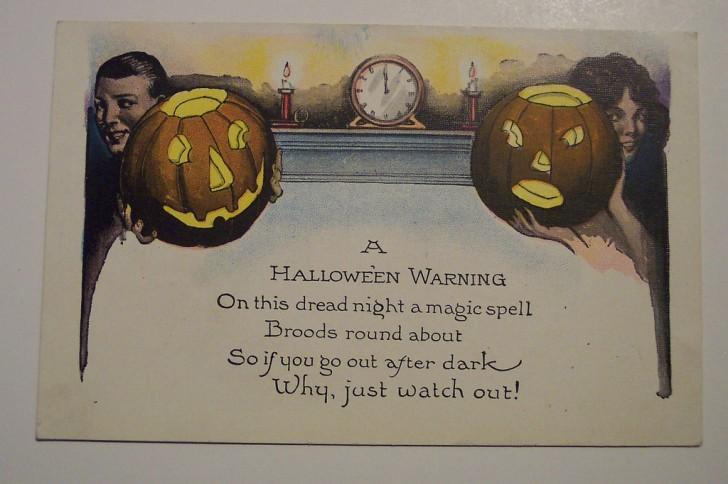 Postal Halloween retro 124