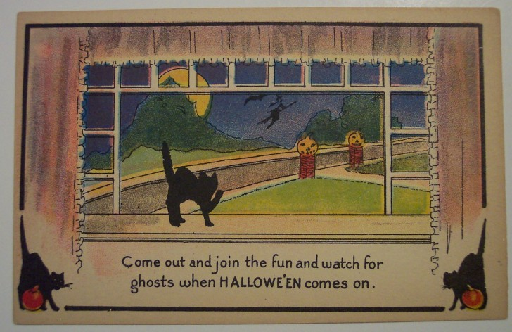 Postal Halloween retro 125