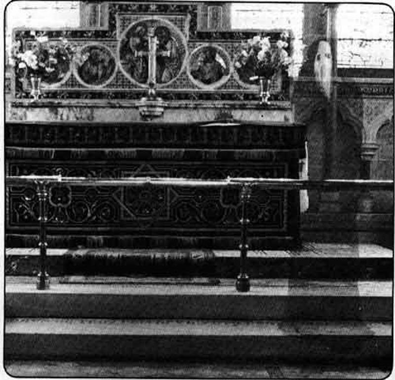 fantasma encapuchado newby church iglesia