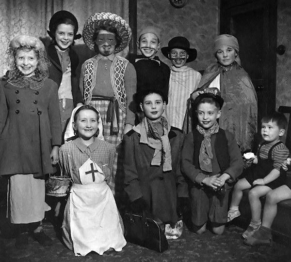 guising 1950 disfraces halloween