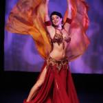 Juego de moda para la bailarina del vientre