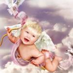 Juego con la bebé angelical