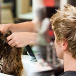 Juego de peluquería con nuevos cortes de pelo