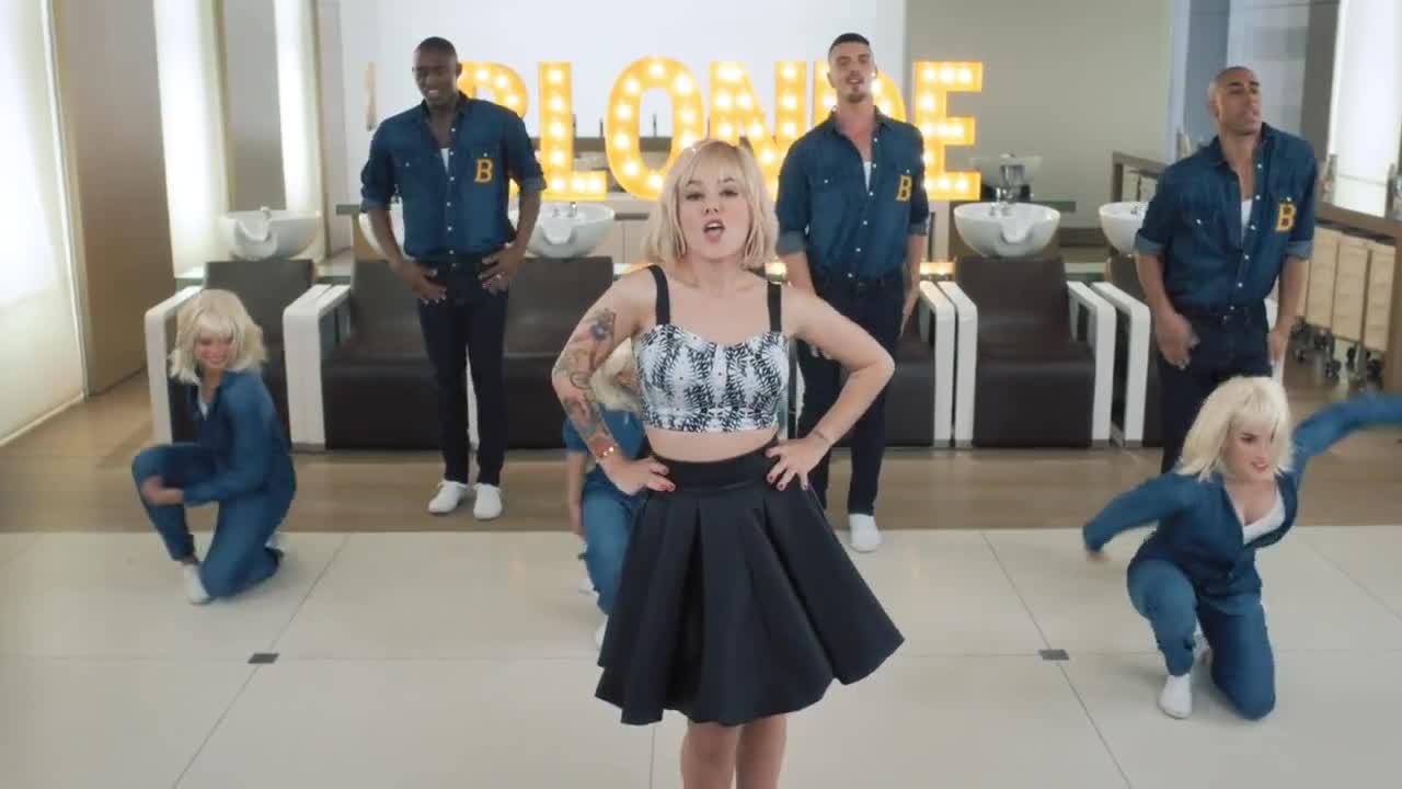 alizee blonde 30