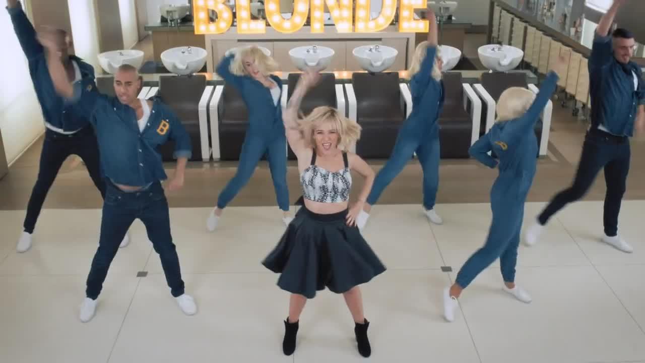 alizee blonde 48
