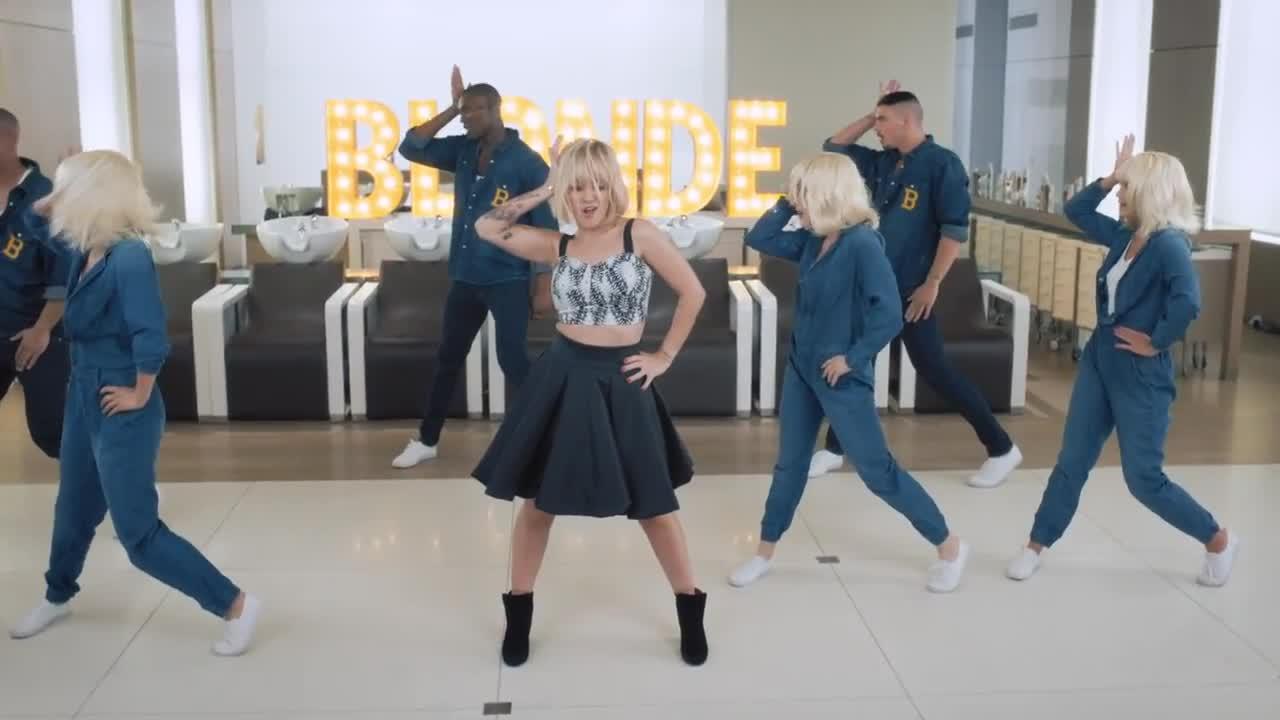 alizee blonde 76