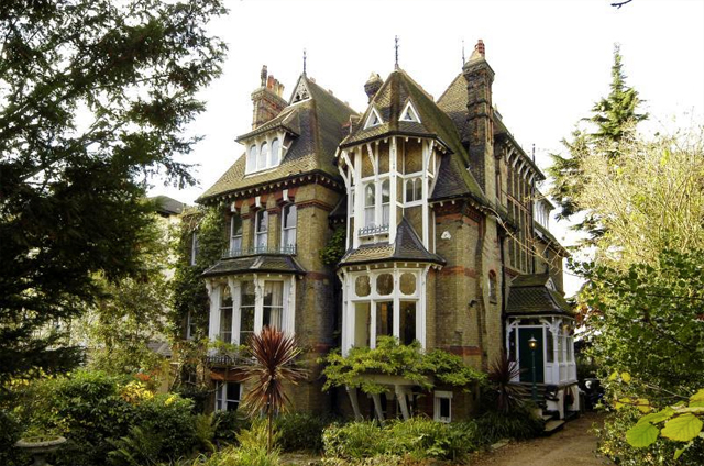 casa inglesa 11
