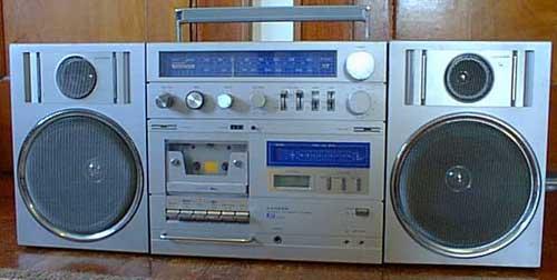 radiocasette Lloyd's V330