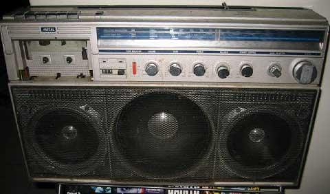 radiocasette Magnavox D8443