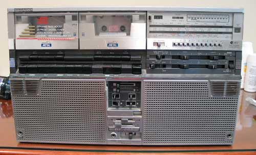 radiocasette Sharp GF-666