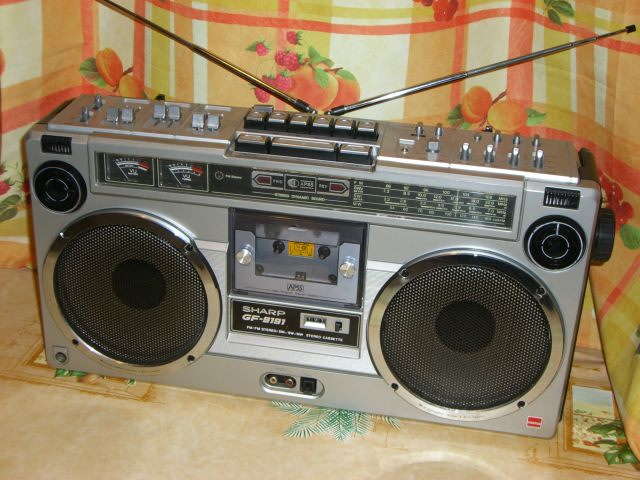 radiocasette Sharp GF-9191