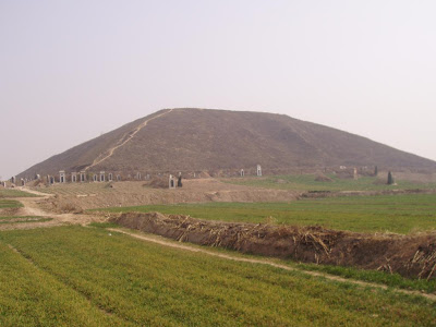 piramide china yalip