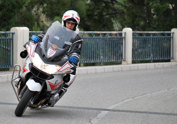 interpol motos seguridad monaco