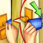 Cómo abrir una puerta cerrada con llave