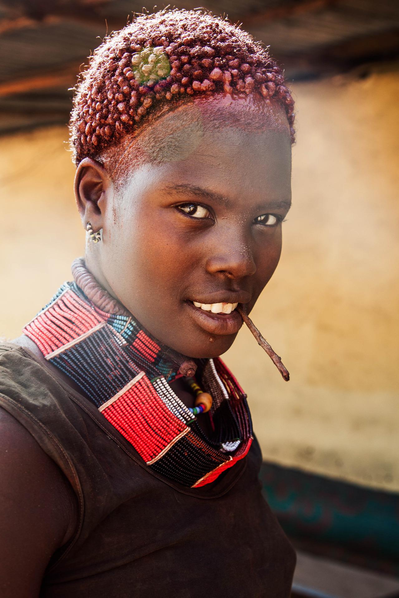 Mihaela Noroc valle del rio omo etiopia