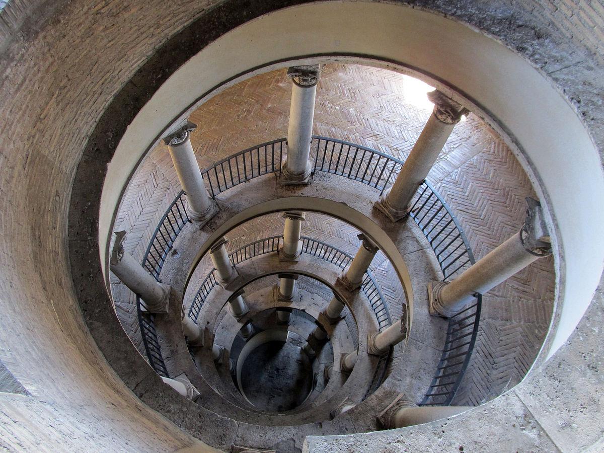 escalera bramante museos vaticanos autentica