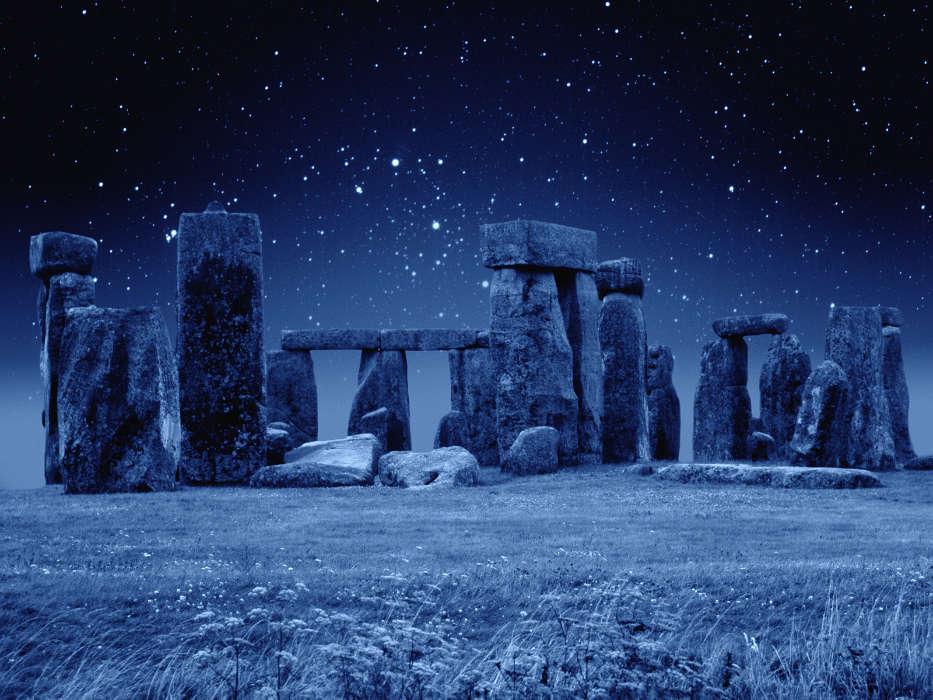 stonehenge noche