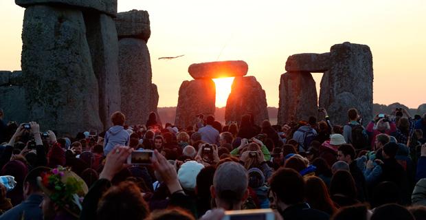stonehenge solsticio
