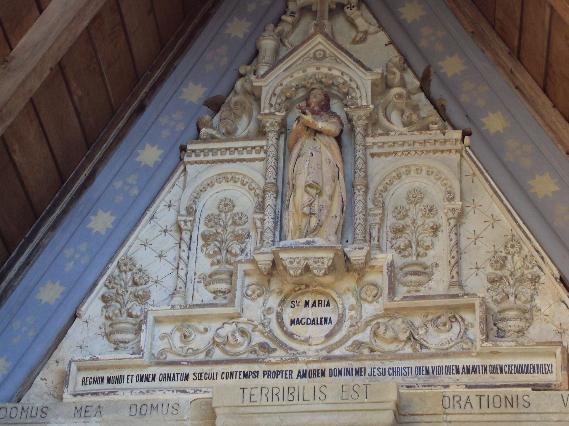 entrada iglesia rennes chateau