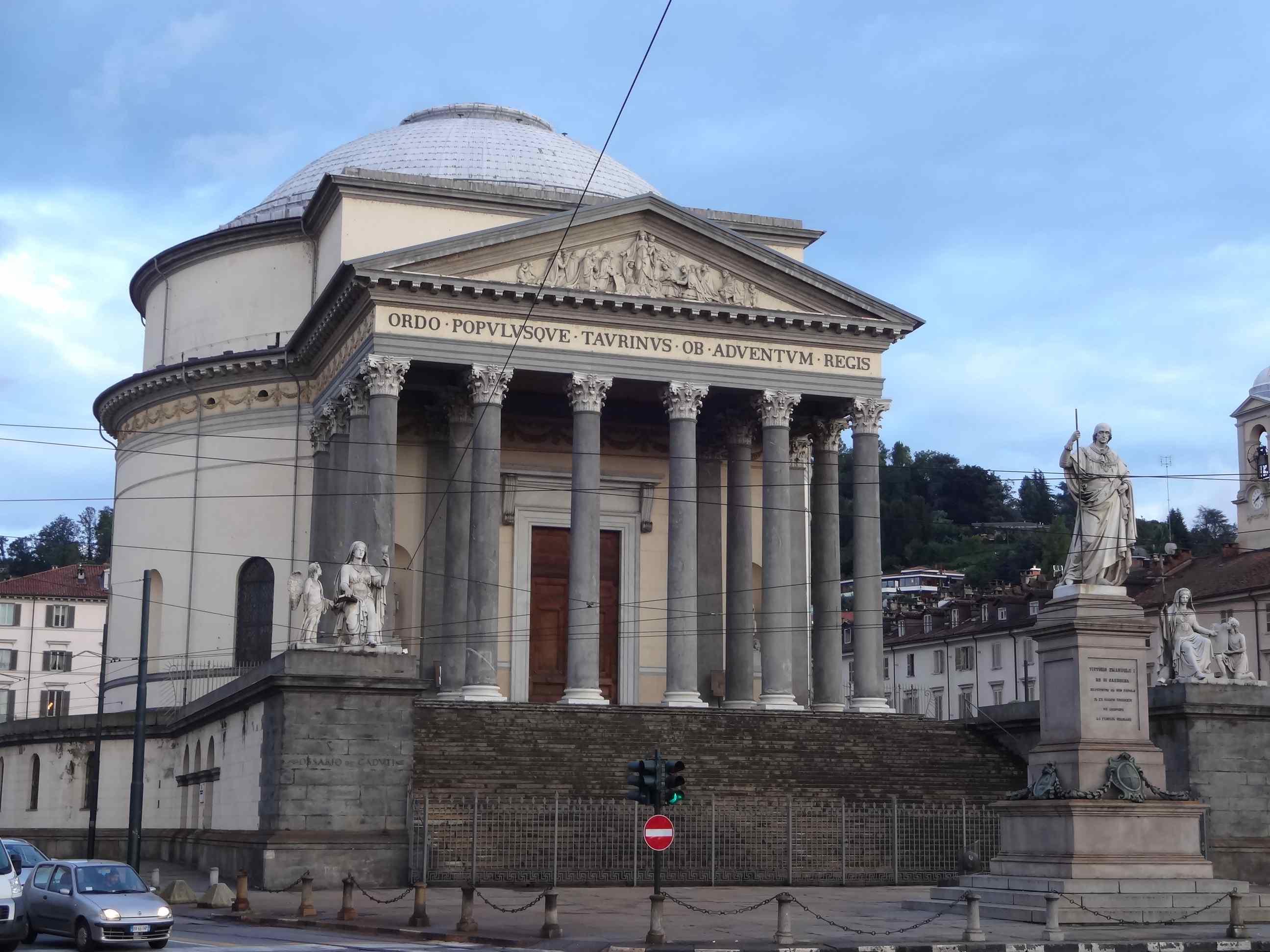 iglesia gran madre dios turin