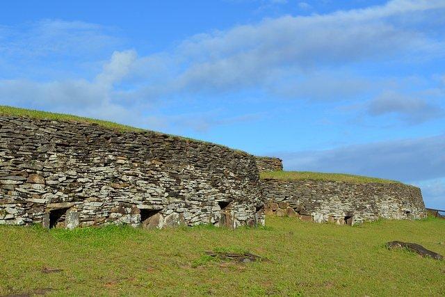 casas orongo isla pascua