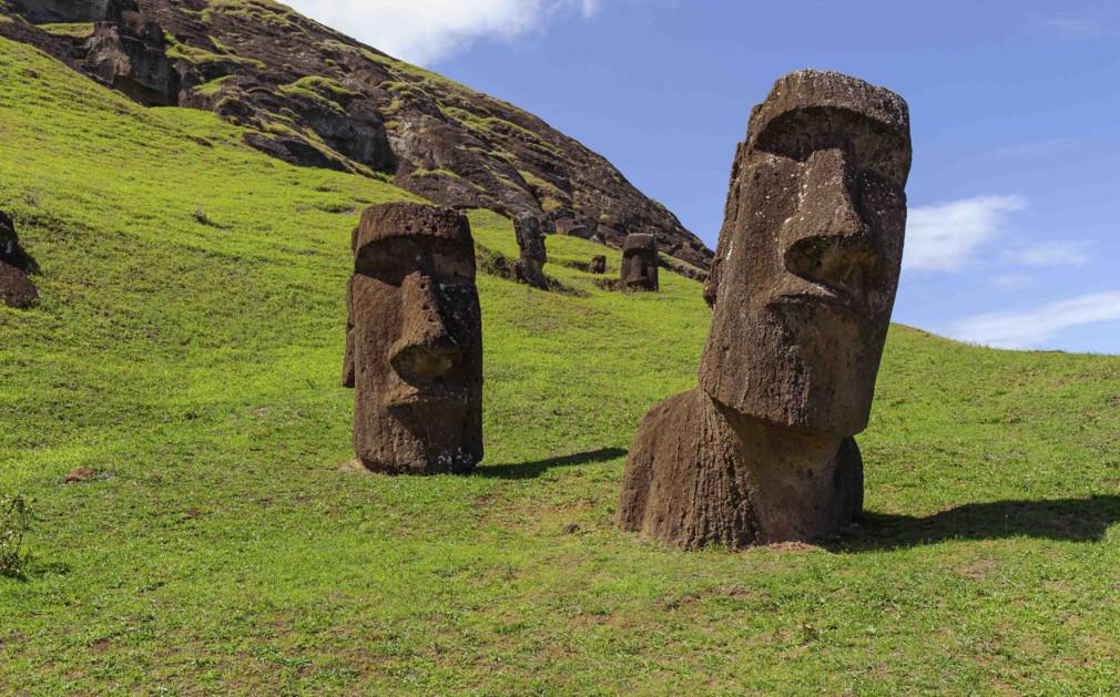 hinariru moai isla pascua rapa nui