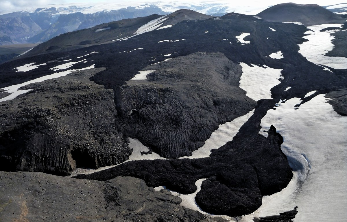 fimmvorduhals islandia volcanica