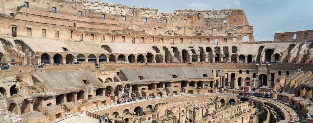 anfiteatro flavio coliseo interior