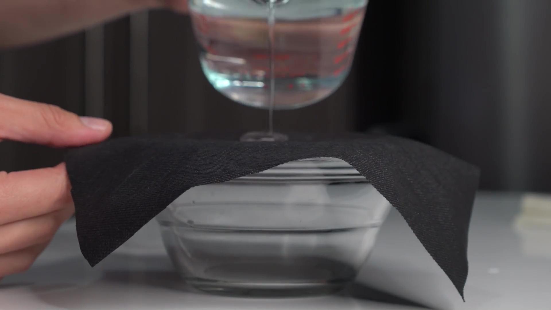 comprobar tela agua coronavirus mascarilla